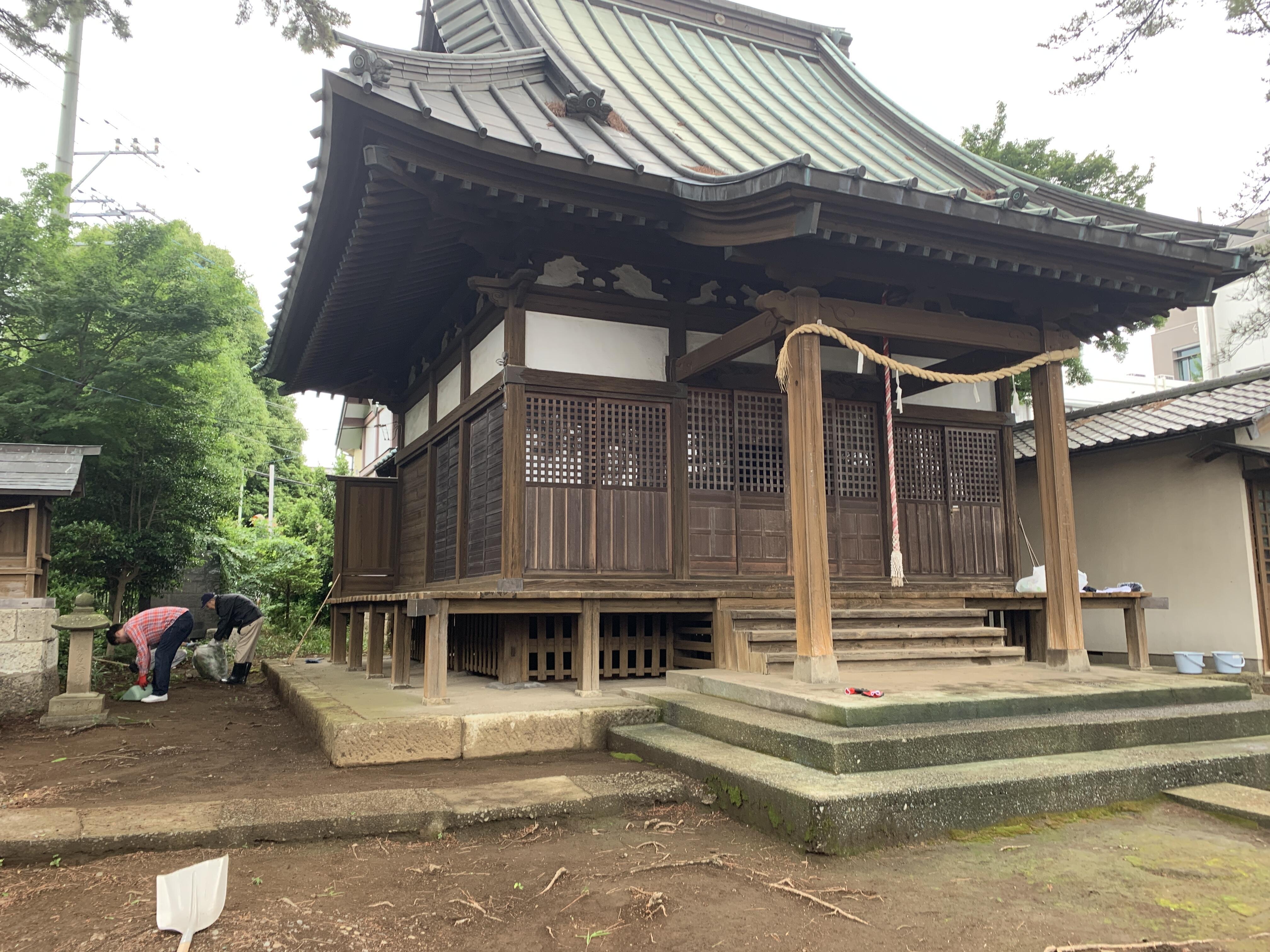 東伏見「氷川神社」大掃除